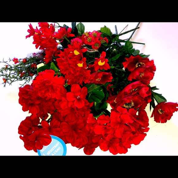 NEW RED SILK FLOWERS COLLECTION